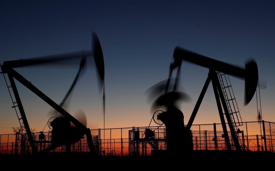 CNH aprueba tres planes a petroleras por 25.5 mdd